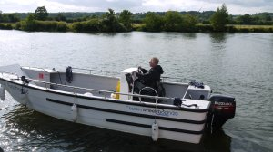 A Wheelyboat is heading to Wallingford